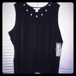 NWT plus size sleeveless shirt size 3x